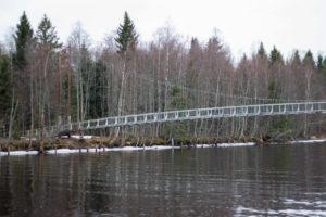 Hängbro Stora Tuvan